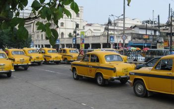 kolkata-yellow-taxi