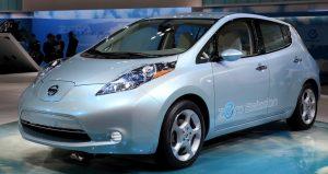 Nissan_Leaf_001-990x526