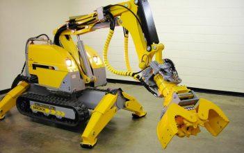 Global Material Handling Robots Market