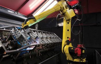 Articulated Industrial Robots Global Market