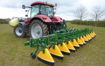 Global Agricultural Sprayers Market