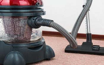 Global Residential Robotic Vacuum Cleaner Market