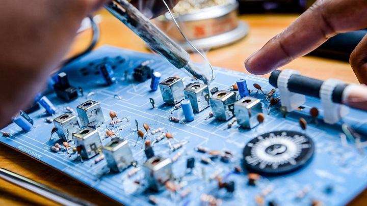 Global Industrial Electronics Market