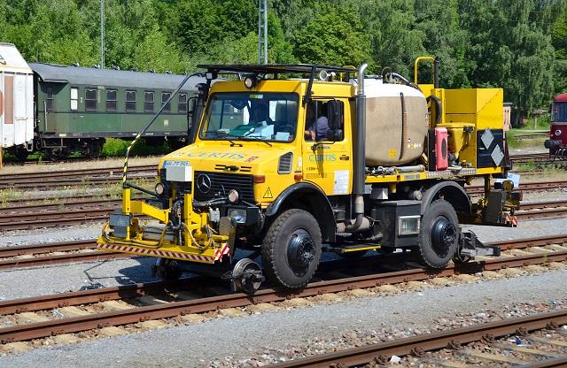 Global Rail Vehicle Market