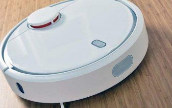North America Residential Robotic Vacuum Cleaner Market