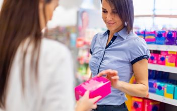 Global Feminine Hygiene Market