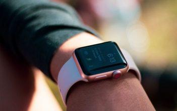 North America Smartwatch Market