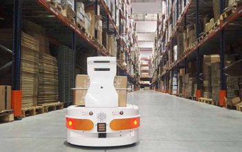 Europe Mobile Logistics Robot Market