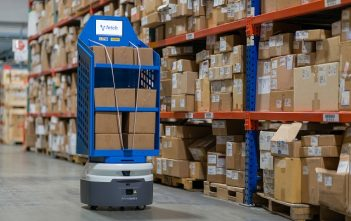Global Logistics Robots Market